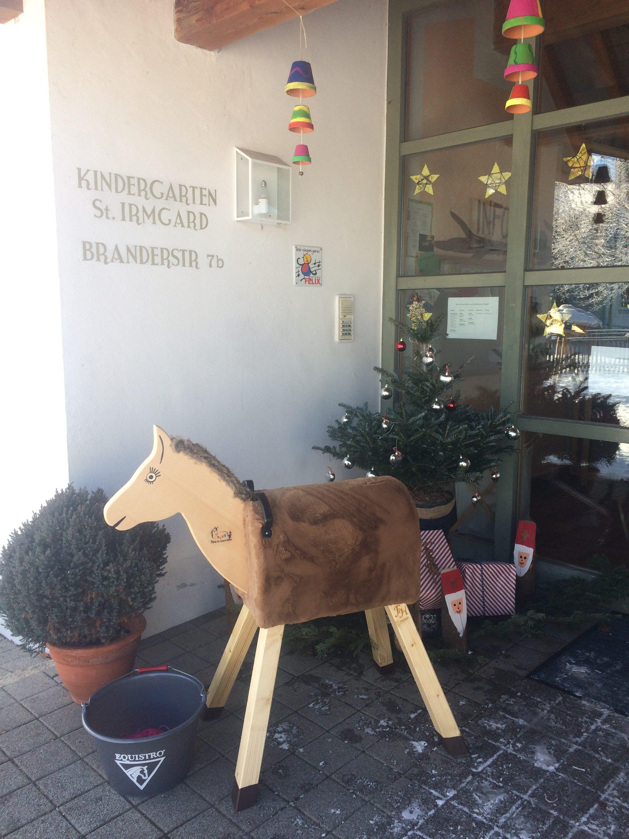 PfuKe.V. Vetoquinol Holzpferdeübergabe St.Irmgard 2017 (1)