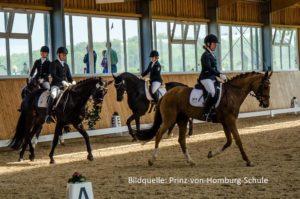 Prinz-von-Homburg-Schule - Bundesvierkampf 2018 - Leo-Alexander Weiffenbach, Laura Taebling, Malin Hellwig und Clara Gaebert (I)