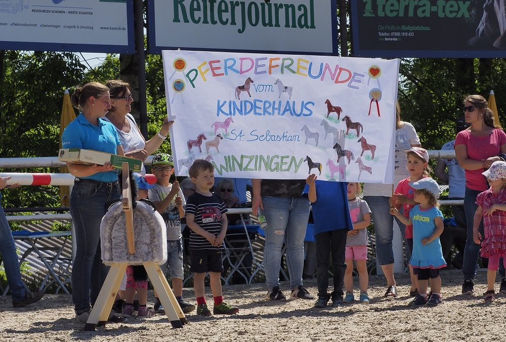 Große Freude beim Jugendfestival auf dem Gestüt Birkhof