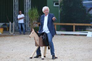 """""""Pferde für unsere Kinder e.V."""" zu Gast bei Glantz"""