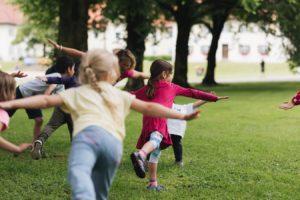 2019-06-22 PfuKeV Eltern-Kind-Tag DM Schwaiganger Oliver_Fiegel - Kinder spielen (I)