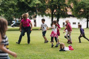 2019-06-22 PfuKeV Eltern-Kind-Tag DM Schwaiganger Oliver_Fiegel - Kinder spielen (II)