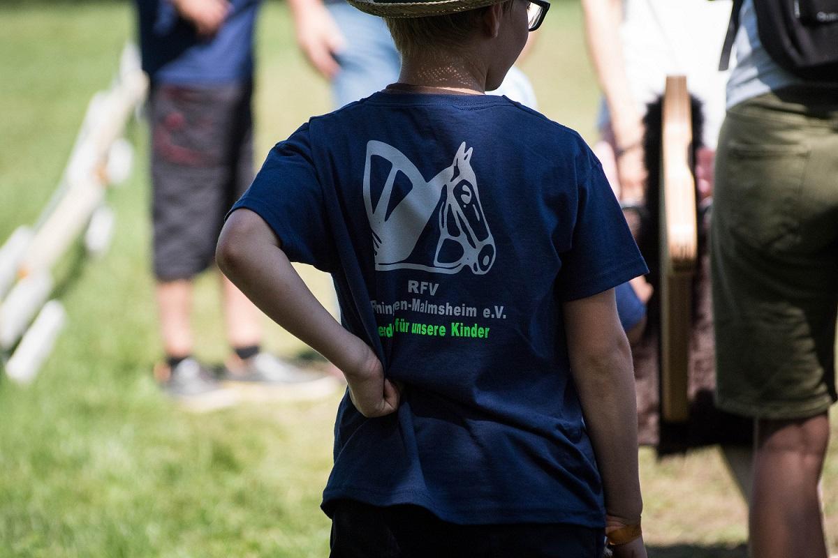 PfuKeV-Projekt 10.000 Holzpferde für Kindergärten - RFV Renningen-Malmsheim (3)