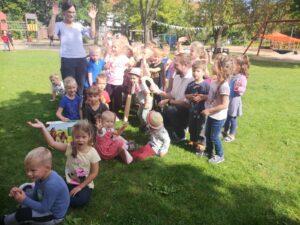 Holzpferdeübergabe Schröter Kindertagesstätte Nordlichter in Teterow